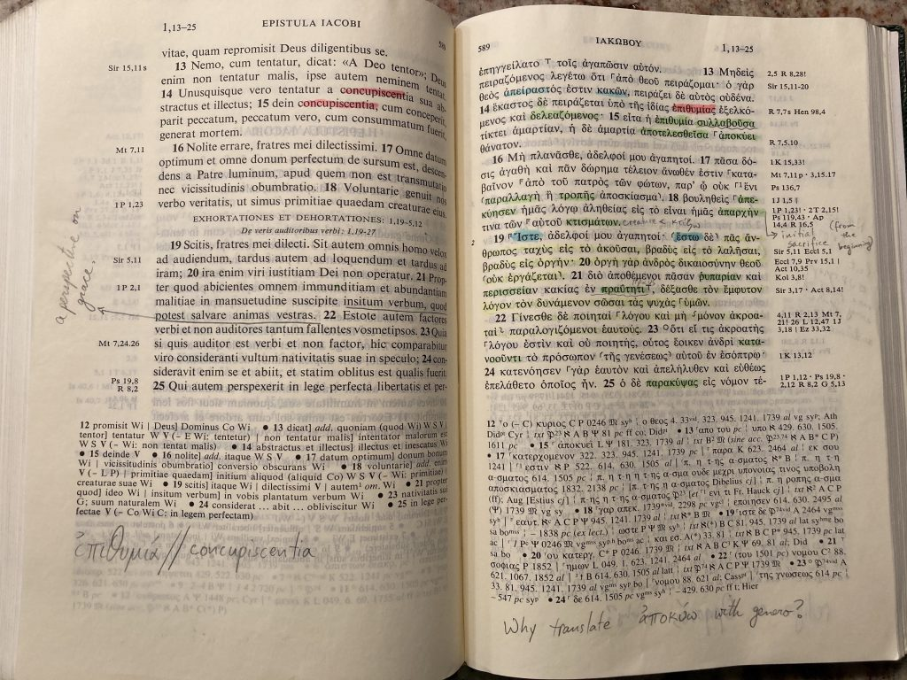 Facing pages of the Epistle of James in Nestle-Aland Greek and Latin New Testament, 27th ed.